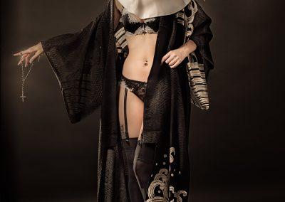 Ph-THEVENIN-L'habit ne fait pas le moine-nano